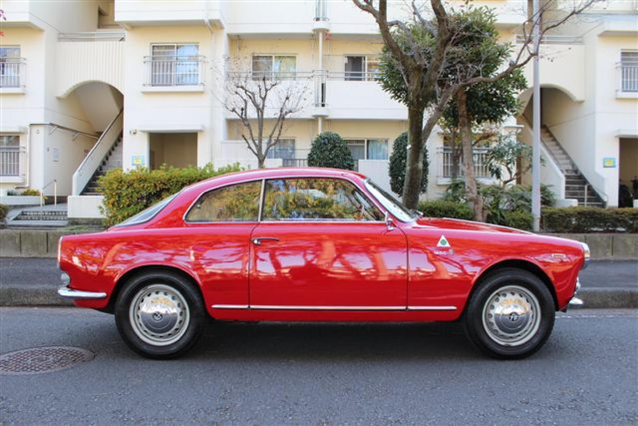 ヴィンテージカー販売 アルファ・ロメオジュリア1600
