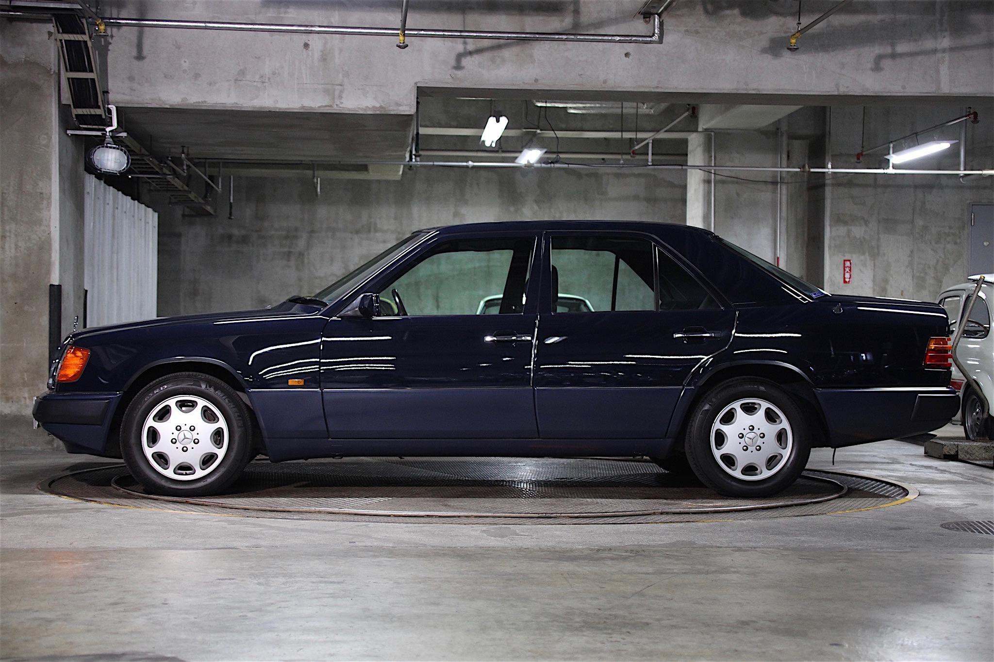 ヴィンテージカー販売 メルセデス・ベンツ400E