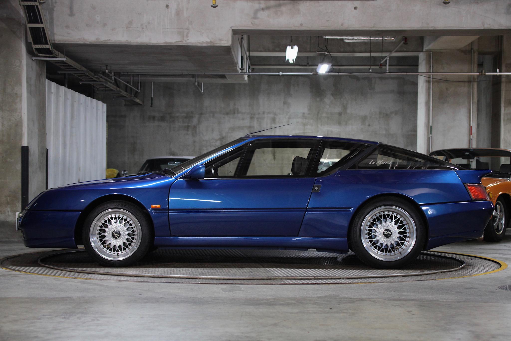 ヴィンテージカー販売 ルノーAlpine V6 Turbo